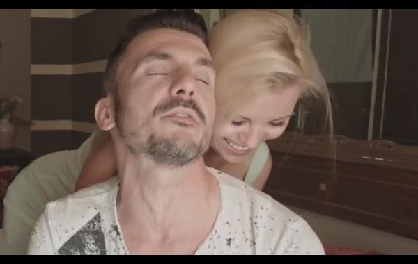 """Videoclip """"La mia età"""" di Fabio Bidinelli con Vera"""